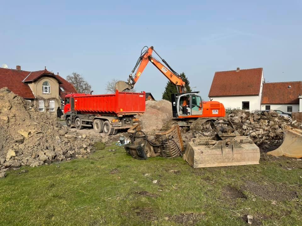 Bauunternehmen Meinert - Abbrucharbeiten